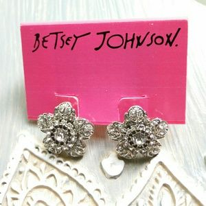 BETSEY JOHNSON Rhinestone Flower Stud Earrings